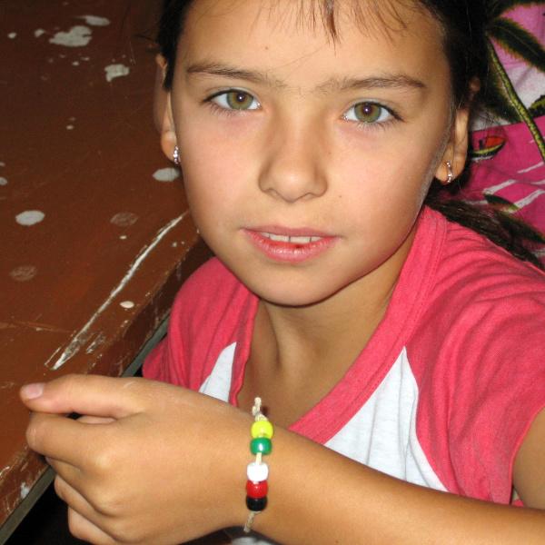 wordless-bracelet-girl.jpg