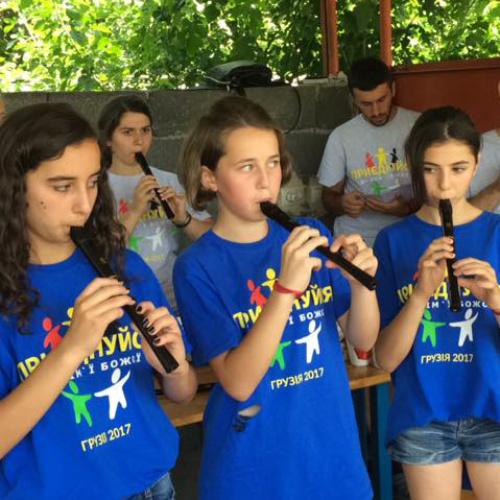 georgia-2017-camp-girls-play-recorders.jpg